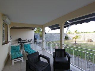 Villa TI KAZ entre mer et campagne - Saint-François vacation rentals