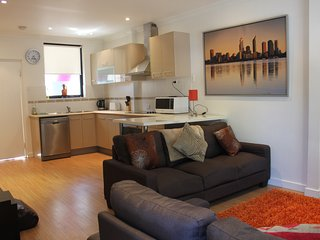 Cosy On Stratford - East Fremantle vacation rentals