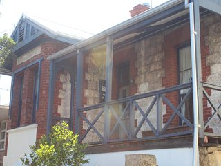 Mariner cottage - South Fremantle vacation rentals