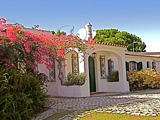 Nice Villa with Internet Access and Wireless Internet - Vale do Garrao vacation rentals