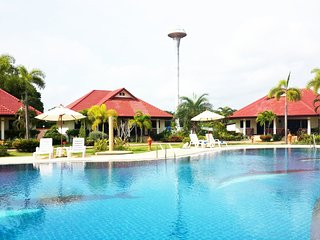 2 Bedroom Villa Rayong Pool Internet Air Con - Klaeng vacation rentals