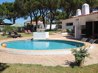 Villa KK Small - EASTER DISCOUNTS APPLY - please enquire within - Vale do Lobo vacation rentals