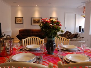 4* Crieff Armoury, Perthshire 4/6 Free WIFI - Crieff vacation rentals