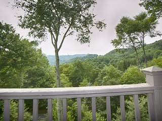 In the Clouds - Banner Elk vacation rentals