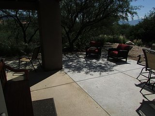 1st Floor 3 bedrm Corner Condo with Mountain Views- EXTENDED private patio! - Tucson vacation rentals