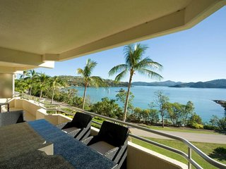 Beautiful Condo with A/C and Balcony - Hamilton Island vacation rentals
