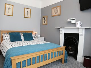 Acorns Guest House Combe Martin Room 6 - Ilfracombe vacation rentals