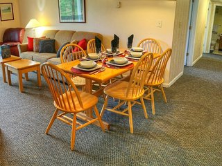 Luxury Resort condo, walk to Kill Mt. views, HBO - Killington vacation rentals