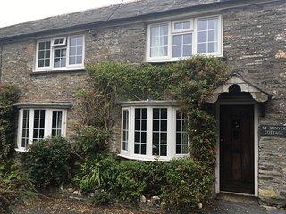 St Minver Cottage near Rock, Polzeath & Daymer Bay - Saint Minver vacation rentals