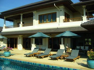 Fabulous 6 bedroom villa in Laguna - Bang Tao vacation rentals