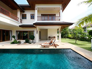 Luxury theee bedroom pool villa in the gated residence in Bang Tao - Bang Tao vacation rentals