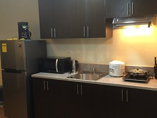 Brand new fully-furnished 1BR condo Makati City - Makati vacation rentals