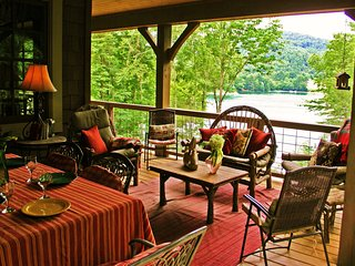 Fox Hollow Cottage - Luxury Lakefront Cabin - Cashiers vacation rentals