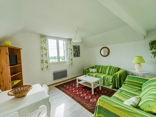 Cozy 2 bedroom Caumont-L'Evente Gite with Television - Caumont-L'Evente vacation rentals