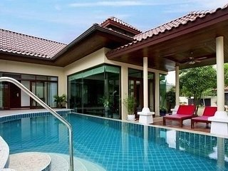 Modern Asian Style 3 Bedroom Villa near Bangtao beach - Bang Tao vacation rentals