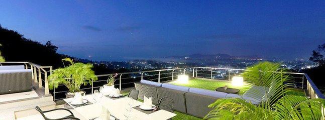 6 bedroom villa in Bangtao with sea view - Bang Tao vacation rentals