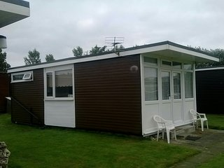 2 bedroom Chalet with Television in Withernsea - Withernsea vacation rentals