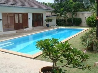 3 bedroom golf villa with pool - Kathu vacation rentals