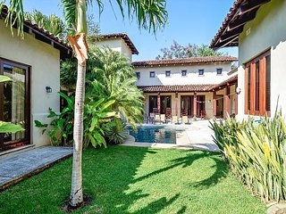 Gorgeous Colonial Home Close to Beach, Beach Club, Golf, Surf and more! - Pinilla vacation rentals