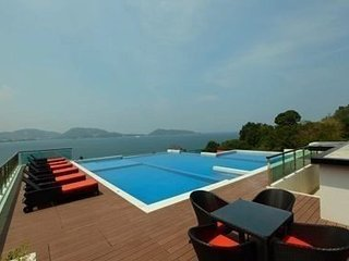 Modern 2 bedroom Suite Patong beach view - Patong vacation rentals
