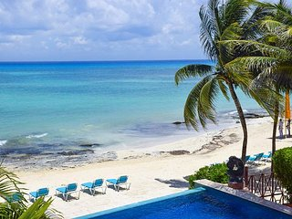 Oceanfront 3 Bdrm with pool!! Luna Encantada B2 - 35% off - Playa del Carmen vacation rentals