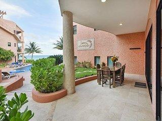 Oceanfront 3 bedroom (Best price)ground floor (LEF1) - Playa del Carmen vacation rentals