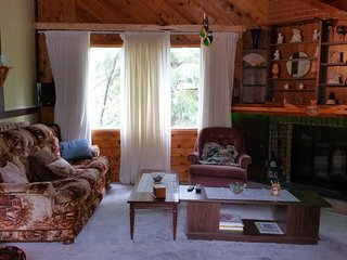 3 bedroom House with Washing Machine in Manitou Beach - Manitou Beach vacation rentals