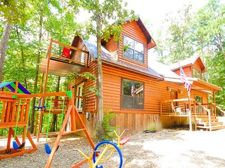Bear Creek Lodge minutes from Broken Bow Lake!! - Broken Bow vacation rentals