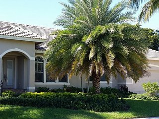 1261 Laurel Ct. - Quick Access to Gulf - Marco Island vacation rentals