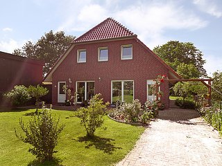 Beautiful 3 bedroom House in Brake - Brake vacation rentals