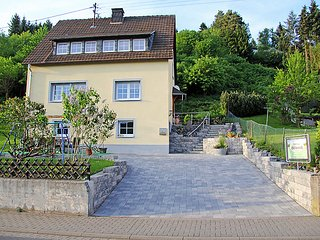 Sunny 4 bedroom House in Adenau - Adenau vacation rentals