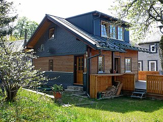 Sunny 2 bedroom House in Oberweissbach - Oberweissbach vacation rentals