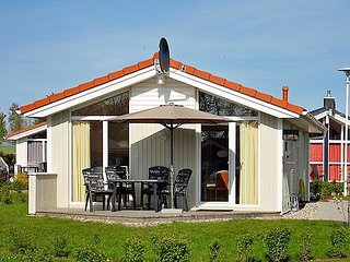 Nice 2 bedroom House in Gromitz - Gromitz vacation rentals