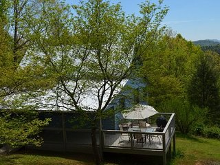 KD Hide-Away  Serene Setting  Perfect for Families - Mineral Bluff vacation rentals