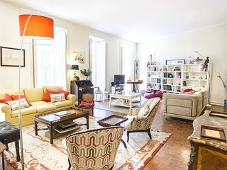 Incredible Family Ap in Principe Real - Lisbon vacation rentals