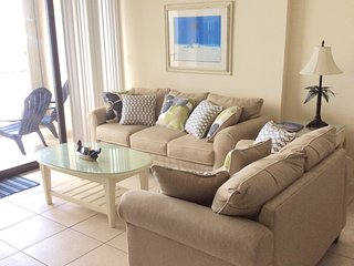 Charming Oceanfront Vacation Condo with a Pool, My - Myrtle Beach vacation rentals