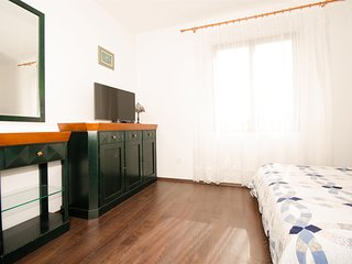 Rooms Rose-Comfort Double Room with Sea View - Molunat vacation rentals