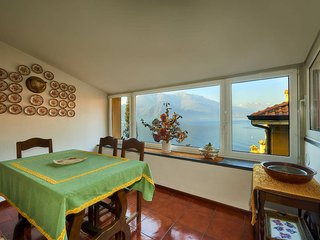 Full center, A/C, stunning lakeview, 2bdrm - Varenna vacation rentals