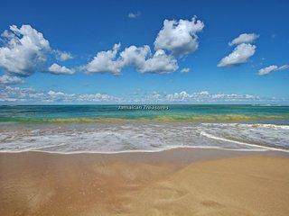 Bay Watch and Siesta Beachfront, 10 BR - Runaway Bay vacation rentals