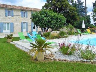 """Le gîte """"Les Richards"""" à l'ombre du vieux chêne - Saint-Avit-Saint-Nazaire vacation rentals"""