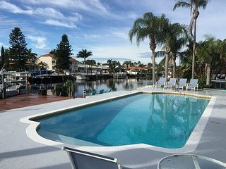 Newly renovated house w/ pvt dock and heated pool, walking distance to beach! - New Port Richey vacation rentals