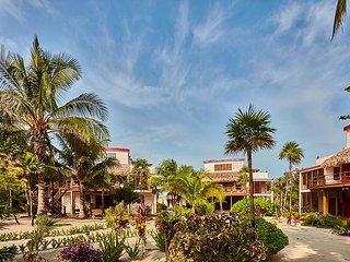 4 Bedroom - 4 Bathroom - Luxurious Villa with Spectacular Ocean Views - San Pedro vacation rentals