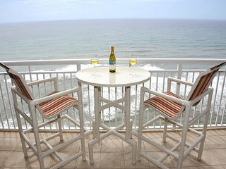 Fall Specials! Aug - Oct Only $150/nt! Amazing Penthouse on 17th floor! - Navarre Beach vacation rentals