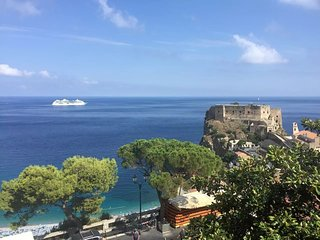3 bedroom Condo with Internet Access in Scilla - Scilla vacation rentals
