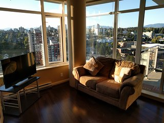 Waterfront full  2BR Downtown Gym Skytrain - New Westminster vacation rentals