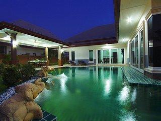 Prime Bangsaray 3 bed pool villa - Na Chom Thian vacation rentals