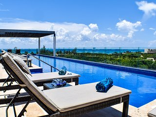 CONDO M&B STEPS FROM THE BEACH - Playa del Carmen vacation rentals