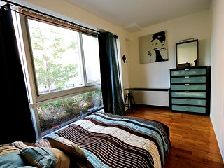Chic Private Rm 1 Block from Subway, - Brooklyn vacation rentals