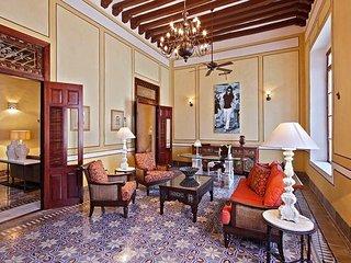 Casa los 5 Robles Centro Dream Home - Merida vacation rentals