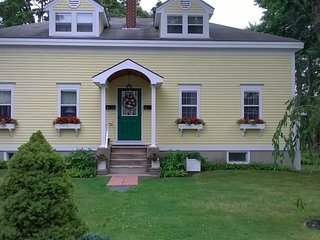 2 bedroom House with Internet Access in Bar Harbor - Bar Harbor vacation rentals